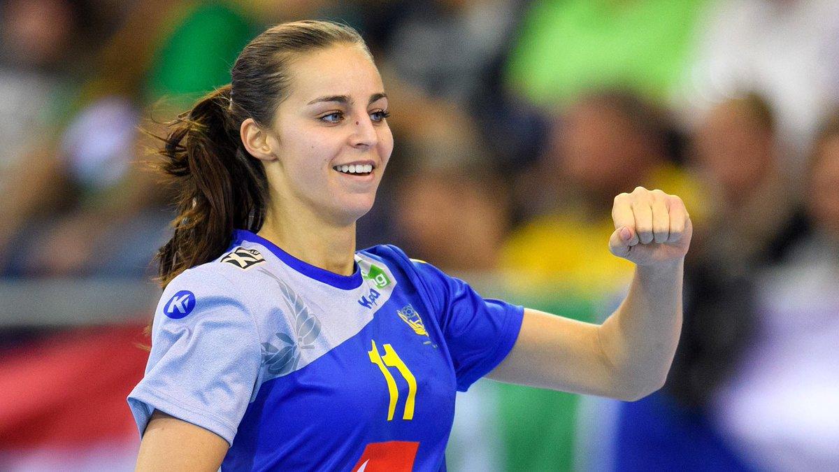 Läs mer  http   www.handbollslandslaget.se dam daniela-gustin-klar-for-tyska-bietigheim   …pic.twitter.com 5iQ5V97c5Y 47c7ca32839d1