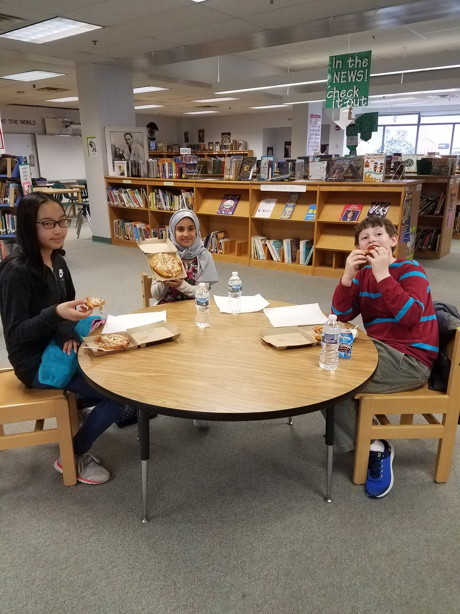 My wonderful readers earned pizza.  They read their reading goal for all six months.  YEAH 🍕🍕🍕 <a target='_blank' href='https://t.co/3fNGbhhKAw'>https://t.co/3fNGbhhKAw</a>