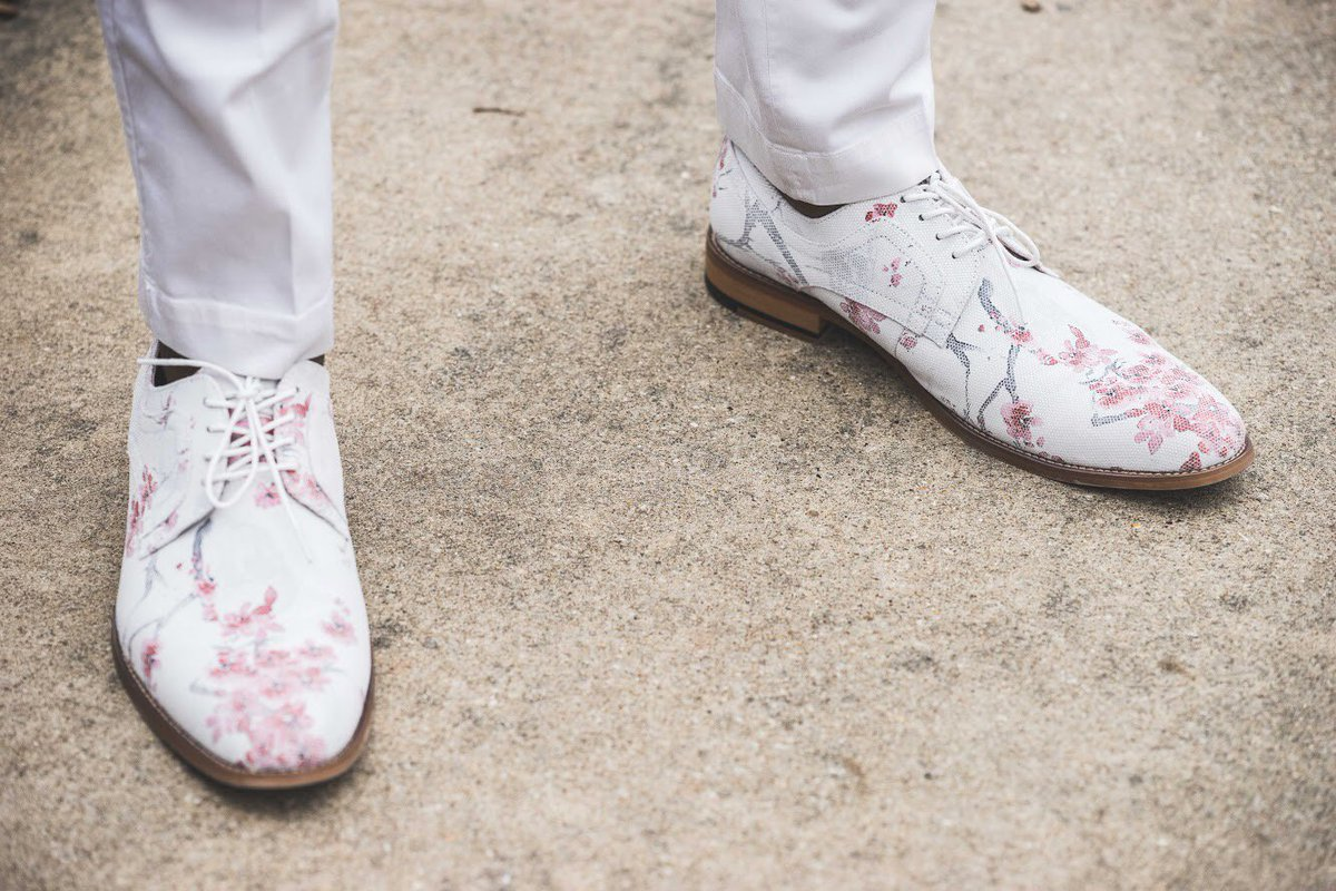 Dress to impress with our Dandy Plain Toe Oxford. All eyes will be on you · Stacy  Adams