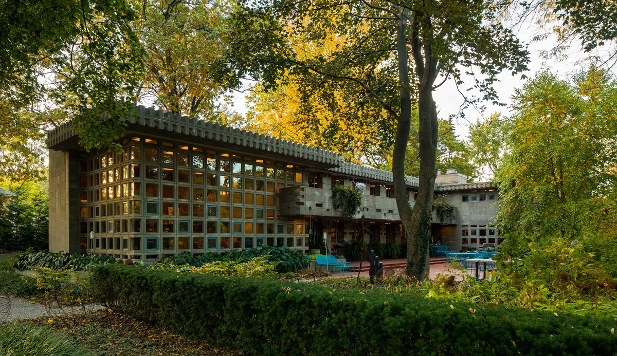Two story turkel house and its lush landscape is an example of detroits great mansions https www tbdmag com frank lloyd wright turkel house detroit