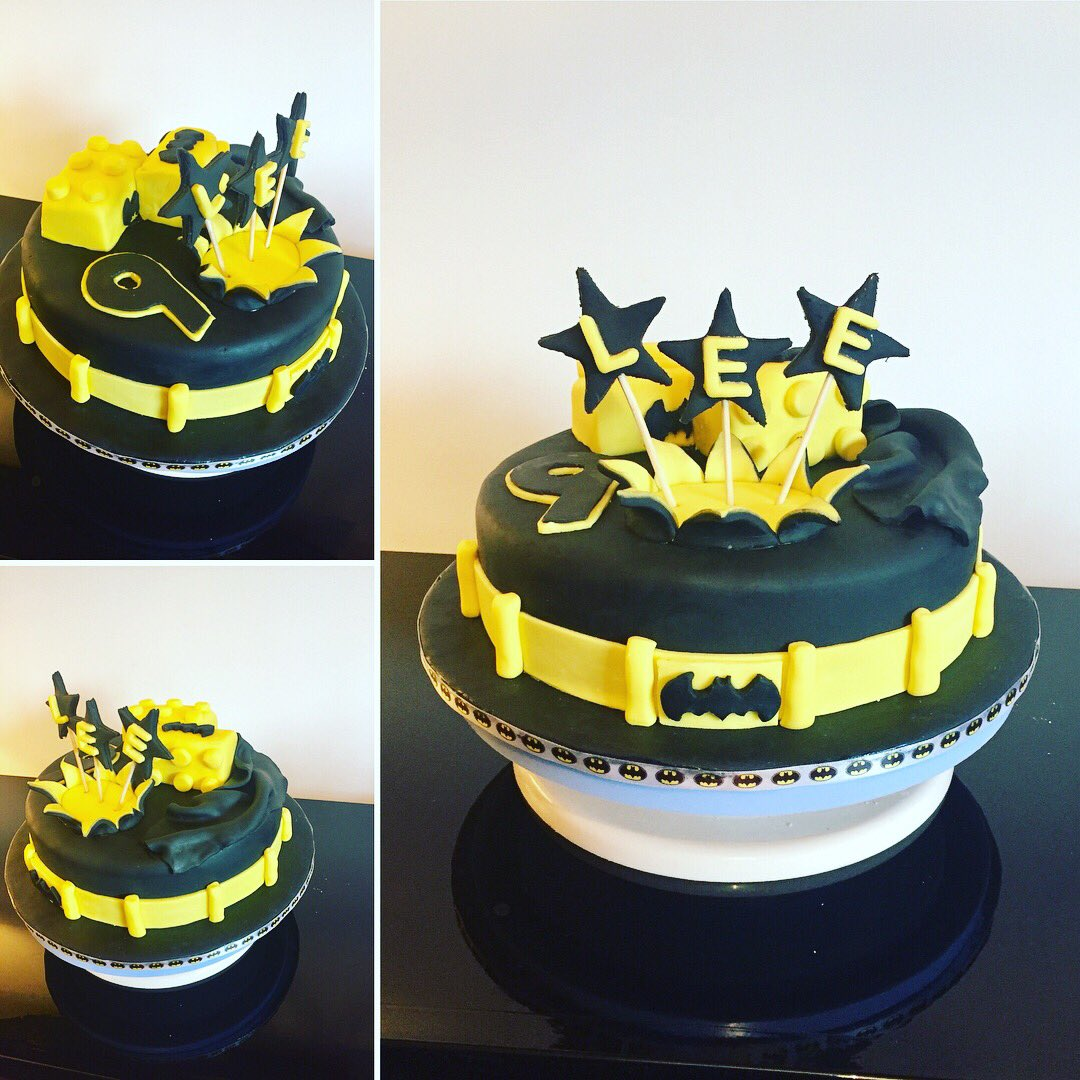 stephen mcdermott on Twitter Made this Batman cake for wee Lees