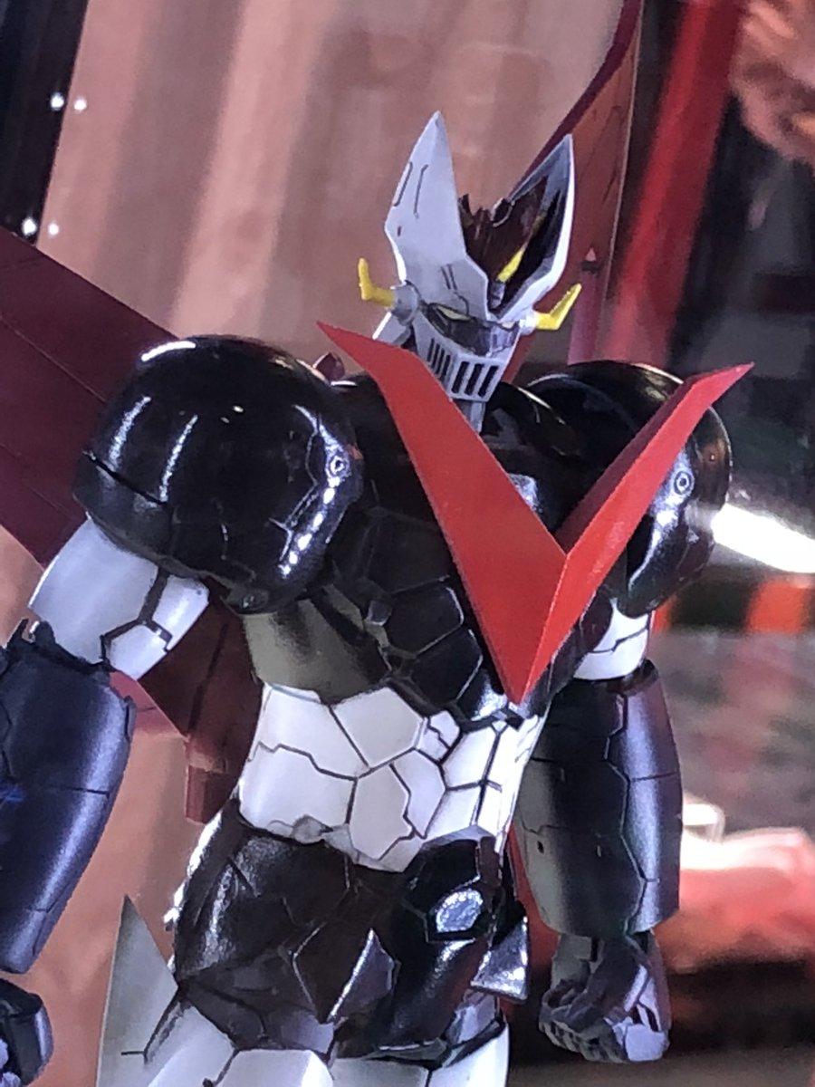 今日明日と東京ビックサイトで開催中の #アニメジャパン2018 東映アニメーションブースにて #劇場版マジンガーZ   プラモデル 試作原型展示してます〜ついにグレートマジンガーも!!