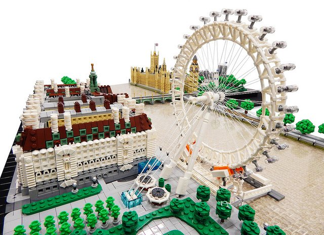 &quot;Incredible #LEGO diorama of #London has everything from Parliament to the #London Eye&quot; | Rocco Buttliere is known for building big, but this time he&#39;s really outdone himself—this #LEGO #Microscale #London is stunning! -  https://www. brothers-brick.com/2018/03/24/inc redible-lego-diorama-of-london-has-everything-from-parliament-to-the-london-eye/ &nbsp; …  | #Architecture #Models<br>http://pic.twitter.com/qqFSsbeJFx