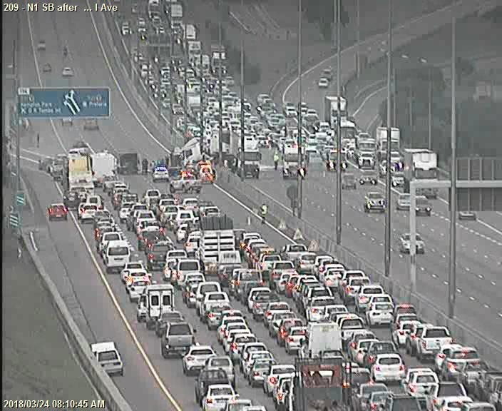 #PTATraffic In Pretoria traffic is heavily back up on the N1 after Flying Saucer Interchange due to an earlier accident. 6 lanes closed. via @itrafficgp