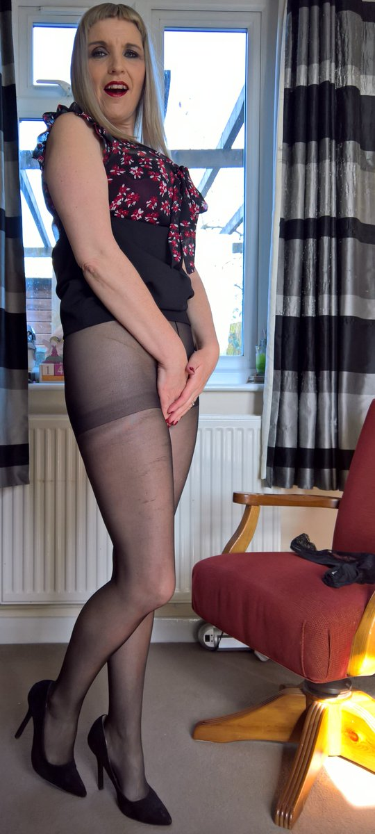 Can See my pantyhose opinion