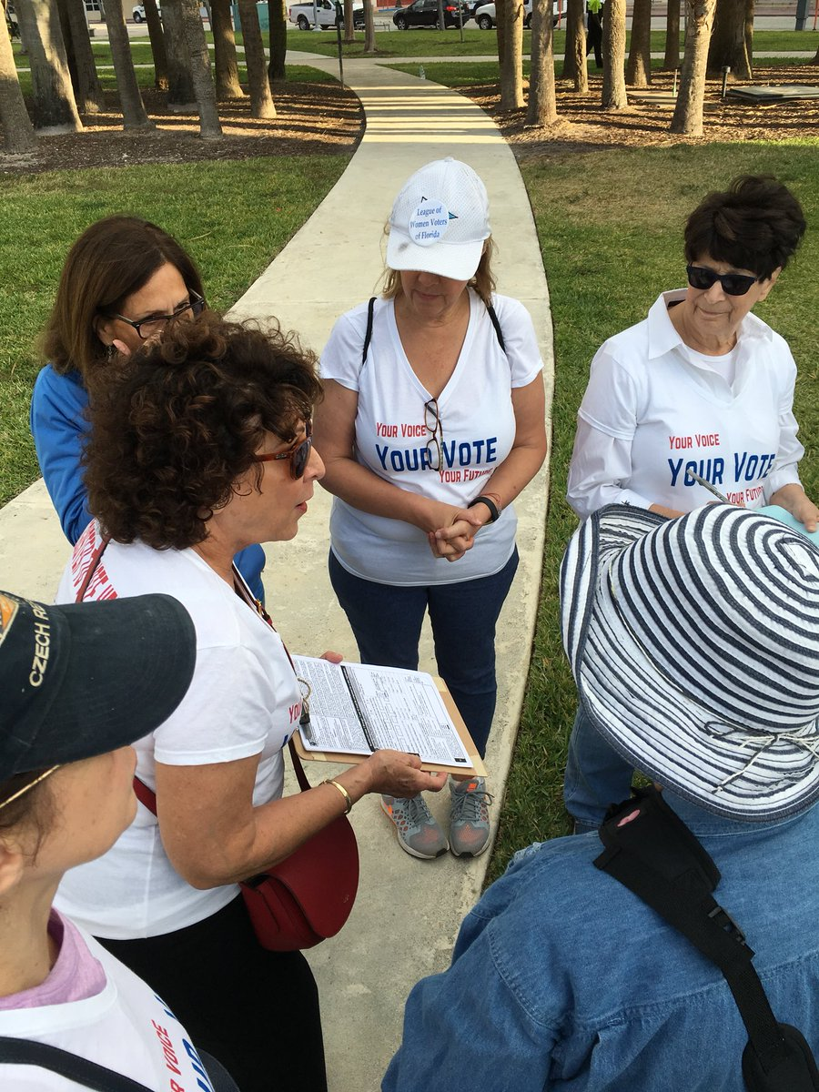 Ahead of #MarchForOurLives in Miami Beach - volunteers prepare to register voters. #IWillVote