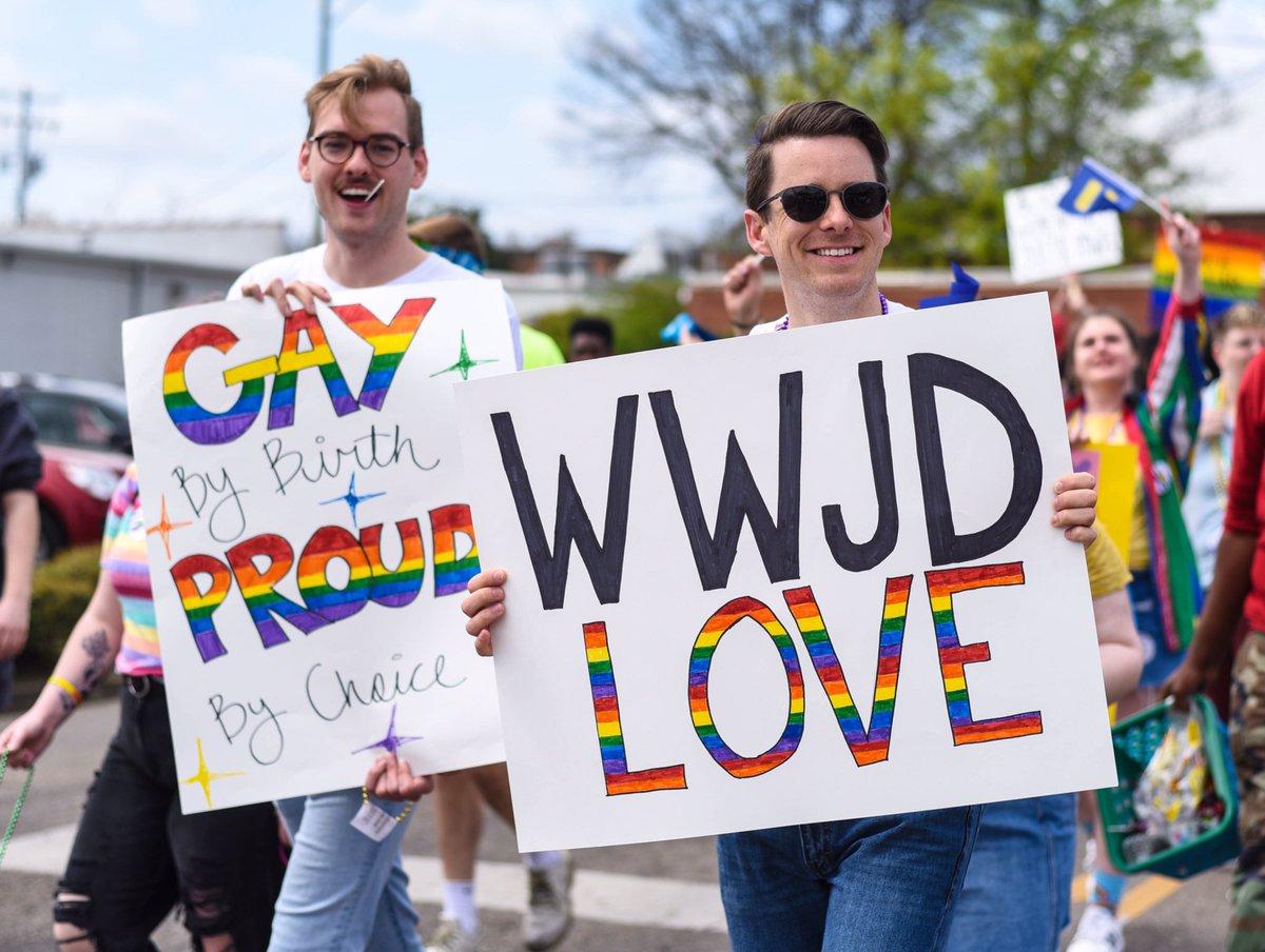 Miss gay pride parade