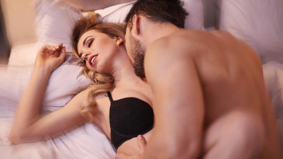 Как удовлетворить мужчину при анальном