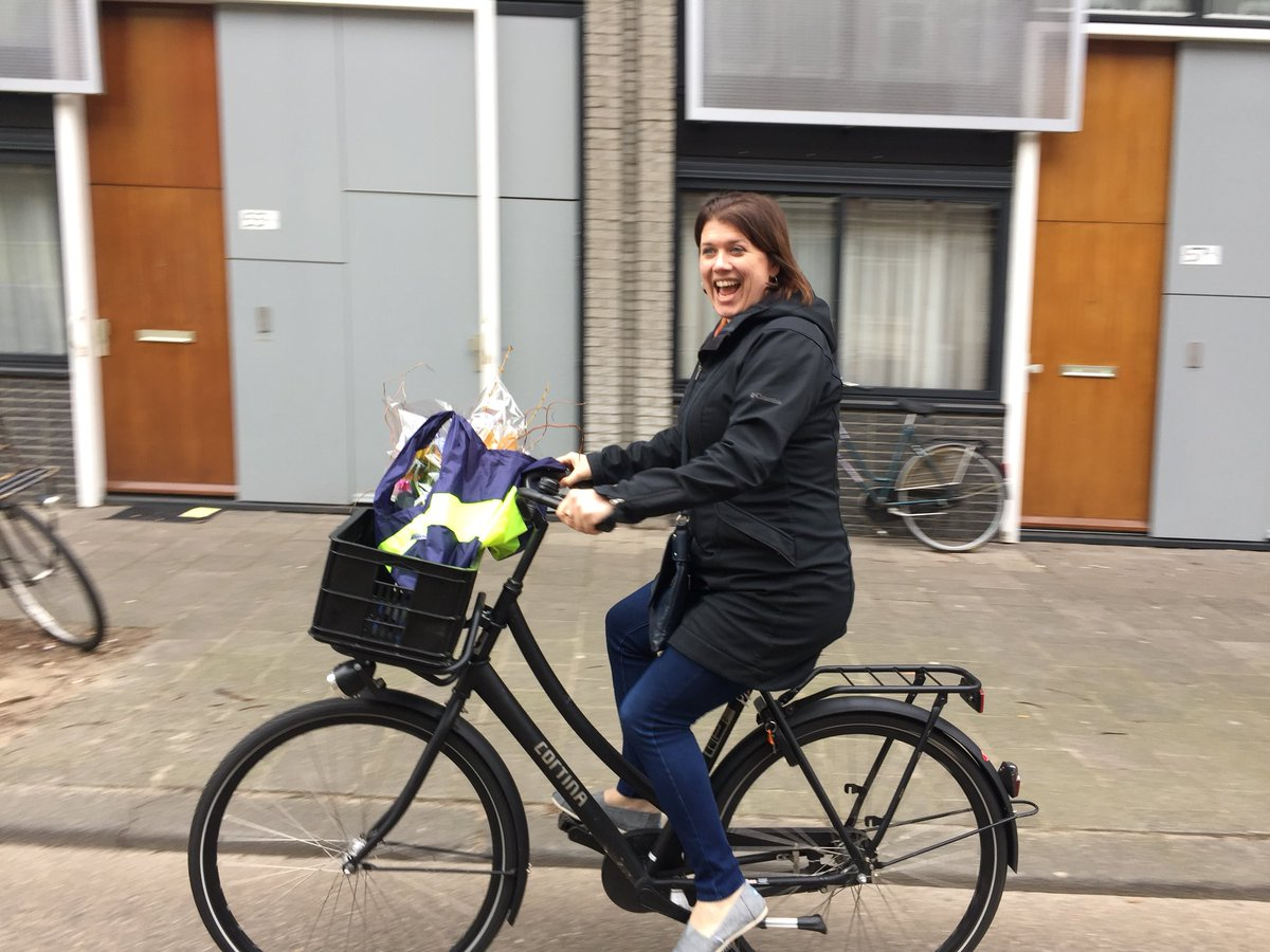 b56f49bcbf Amsterdam Cycle Chic on Twitter