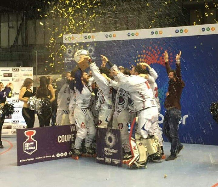 Les Yeti's Grenoble remportent la Coupe de France !!! http://metro-sports.fr/les-yetis-grenoble-remportent-la-coupe-de-france/ …