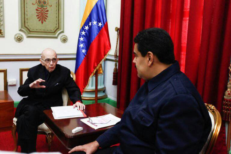 TodosSomosChavez - Dictadura de Nicolas Maduro - Página 35 DZJLVb_WkAAZPMi