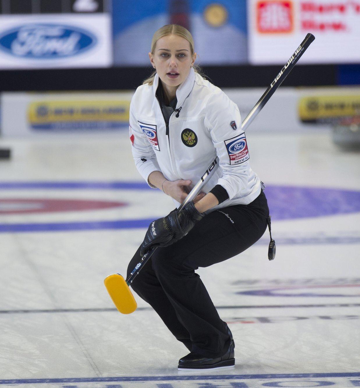 российская женская сборная по керлингу фото можно еще хотеть