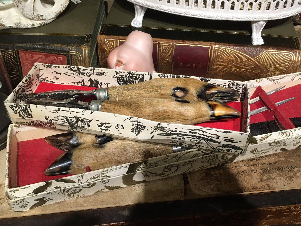 そういえばギニョールさん@Guignolinfo には不思議な物がたくさん置いていました。これが欲しいと思いました。お人形さんの頭じゃないょ(^^;;