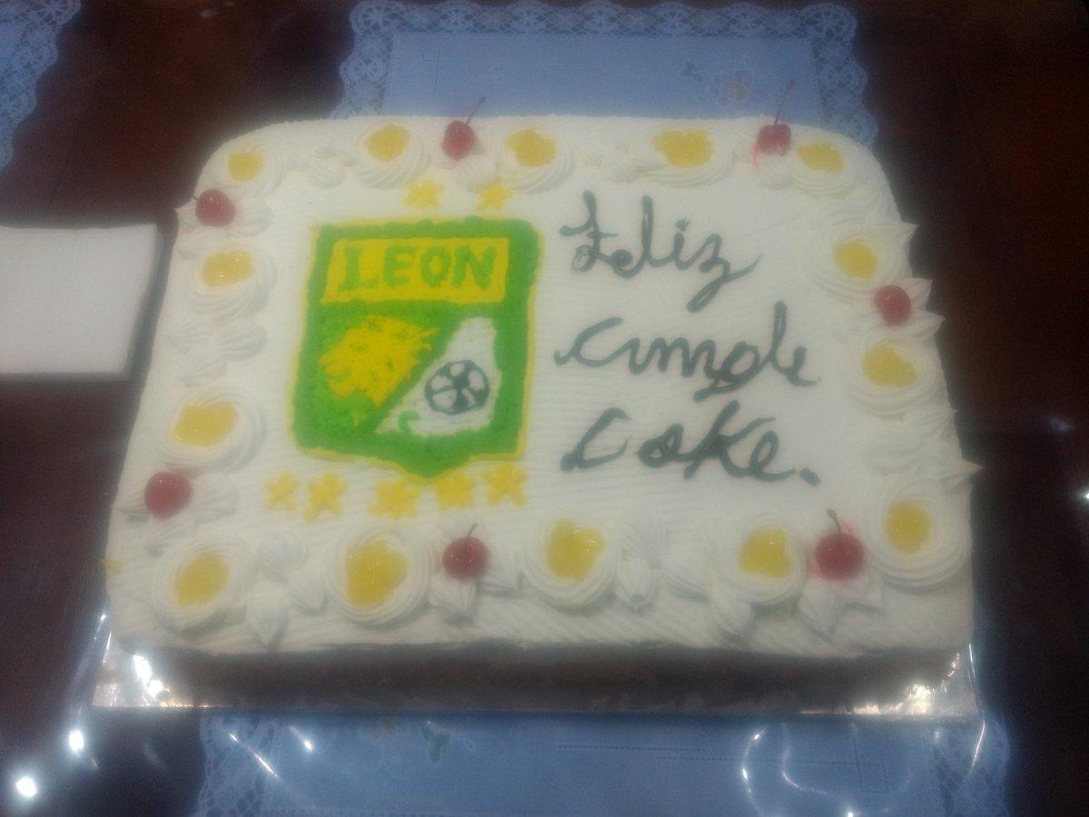 Club León On Twitter Uno Por Favor Lo Vamos A Regalar A