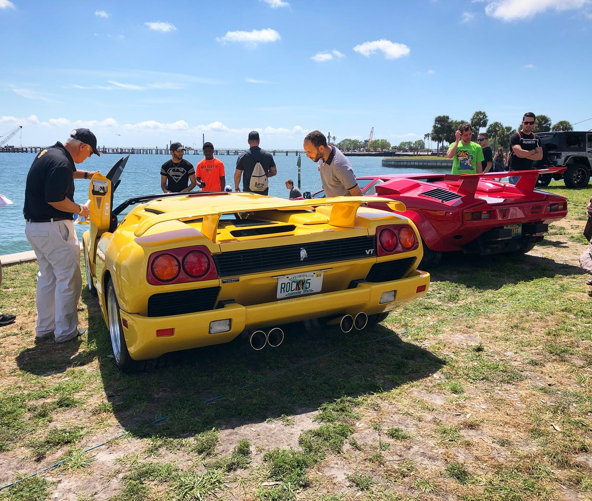 #Lamborghini #diablo #countach #supercars #exotics #sportscars #carshow  #classics #festivalsofspeed #stpetersburg #stpete #florida #driveflorida ...