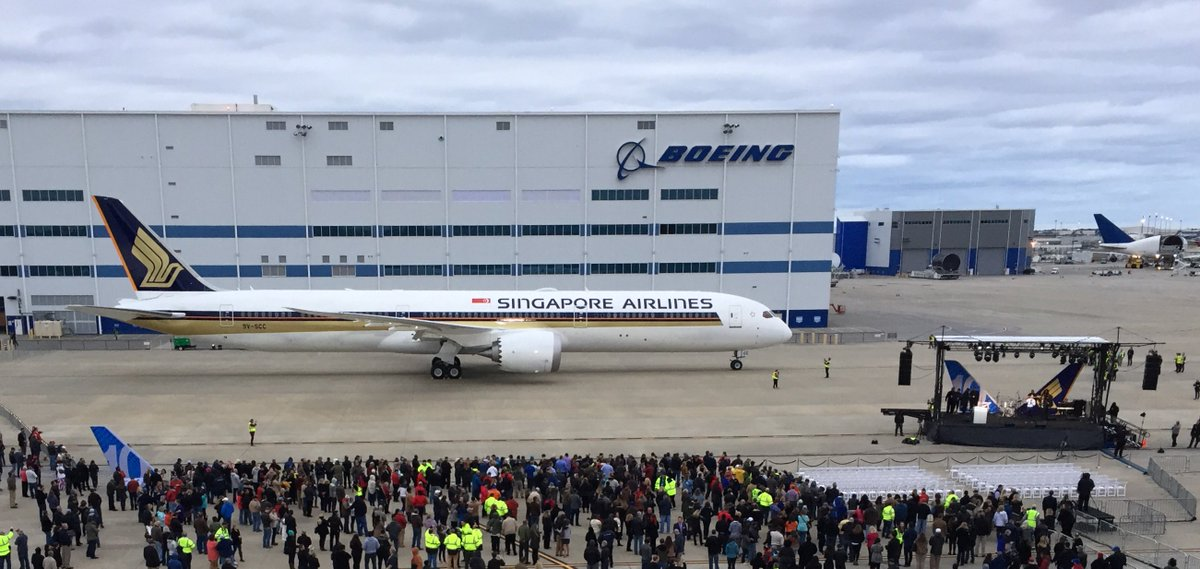 Boeing: 787-10 Dreamliner First Delivery