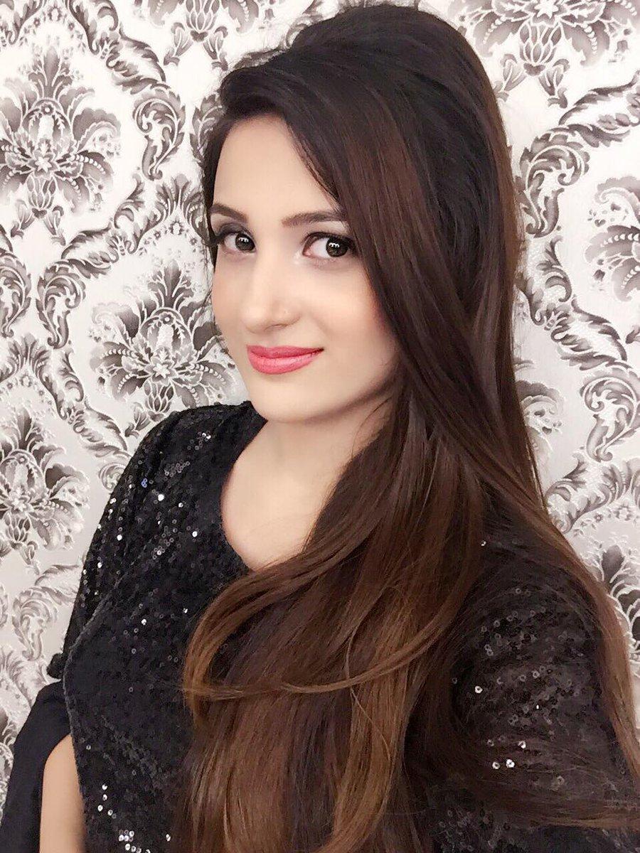 Watch Laila Khan video