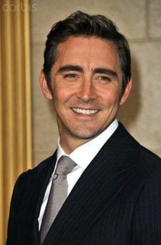 HAPPY BIRTHDAY LEE PACE! YOU\RE SUCH A WONDERFUL ACTOR!
