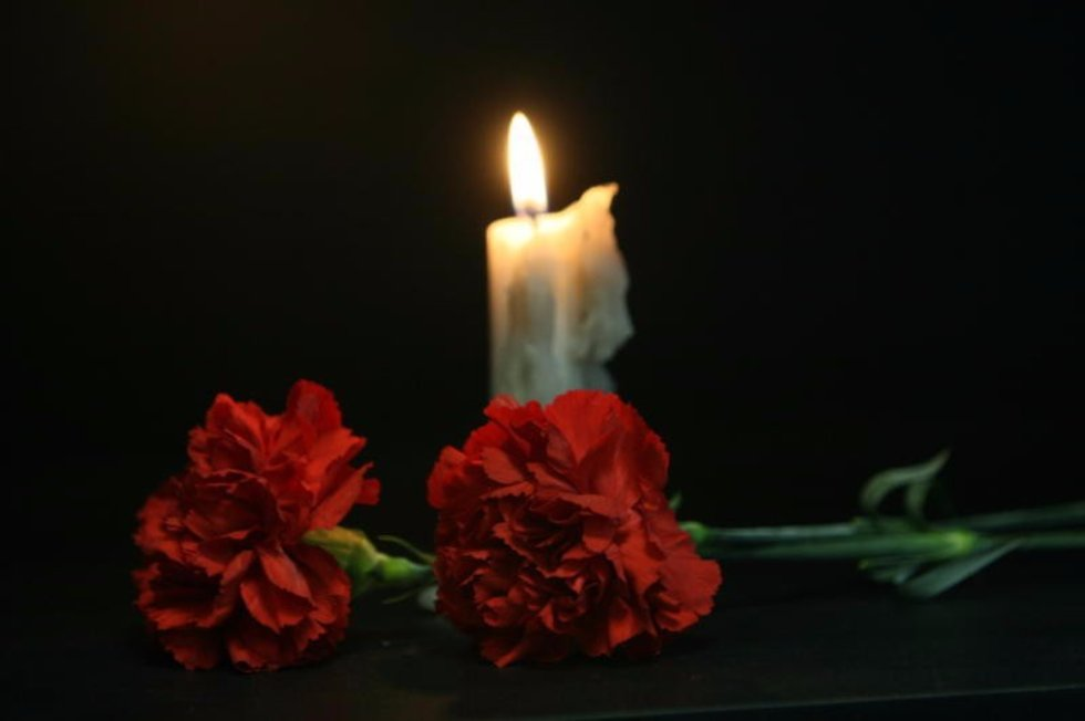 Подписать смешно, картинки с соболезнованиями о смерти