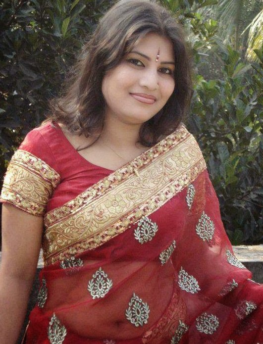 Beautiful #Aunty's for YOU . @spicygirlz247 @ExtraHot001 @richtweet100 @hotgirlz100 . #the_connect #ThisMorning #MondayMotivation Far Cry 5 #naughty #auntyfans #auntyheros #auntylove #bhabhilovers #lovelybhabhi #lovelyaunty  #auntyplay #savithaBhabhi #velammaBhabhi #auntyforyou https://t.co/0Hw098u8pG