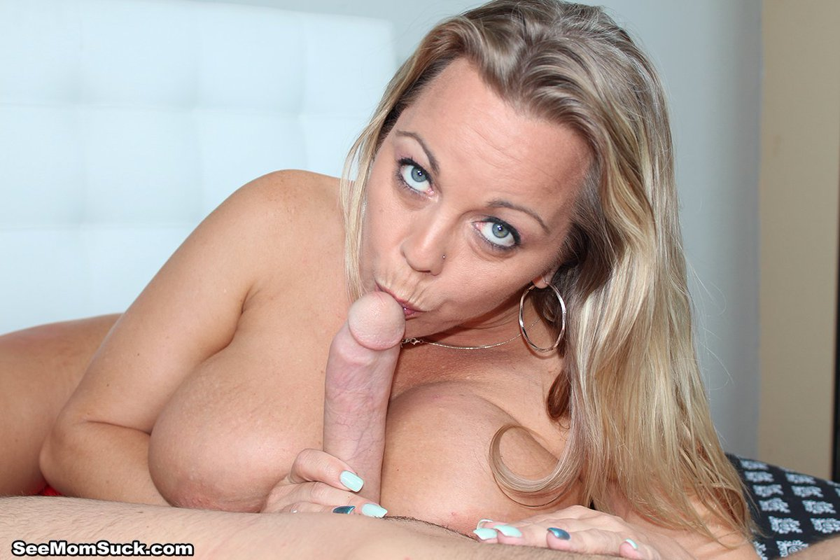 Ahlynn brooke dildo anal video