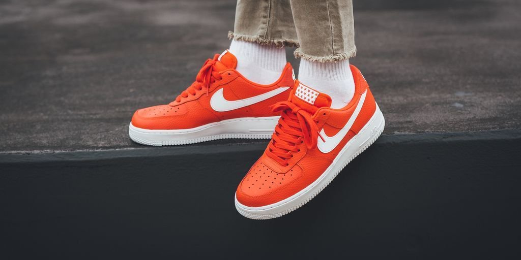 nike air force 1 07 team orange