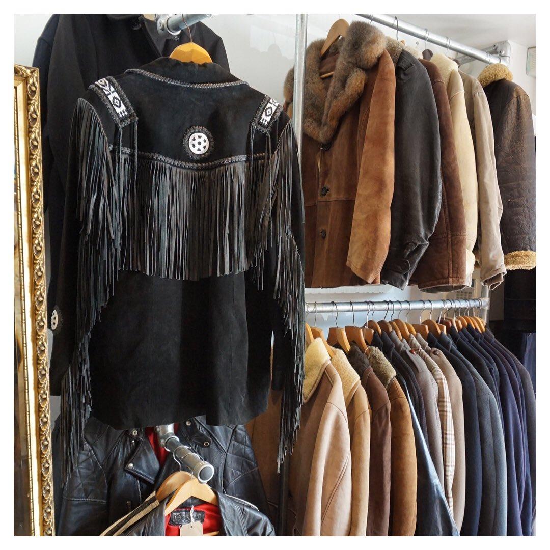 closet vintage tim coat sign