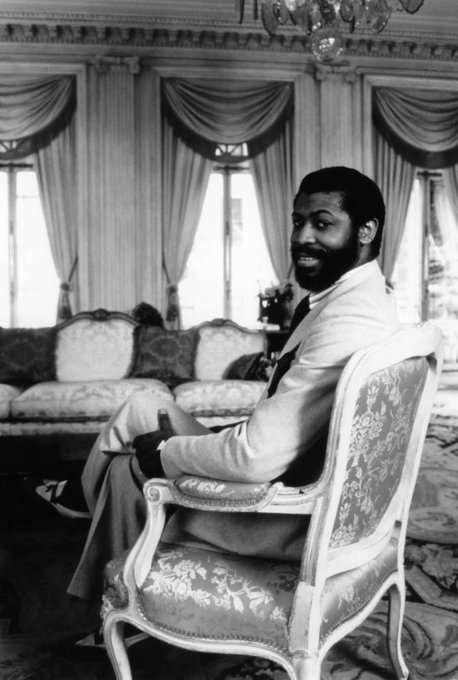Happy 68th Birthday to the great Teddy Pendergrass    WAKE UP EVERYBODY