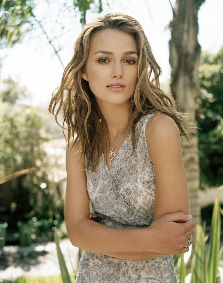 Almost missed this one:  Happy Birthday to the beautiful Keira Knightley!