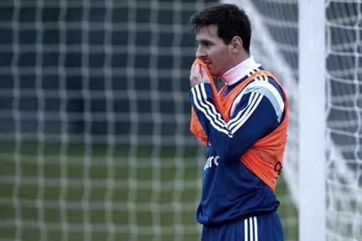 Sin Messi, Argentina juega ante España el último amistoso previo al Mundial