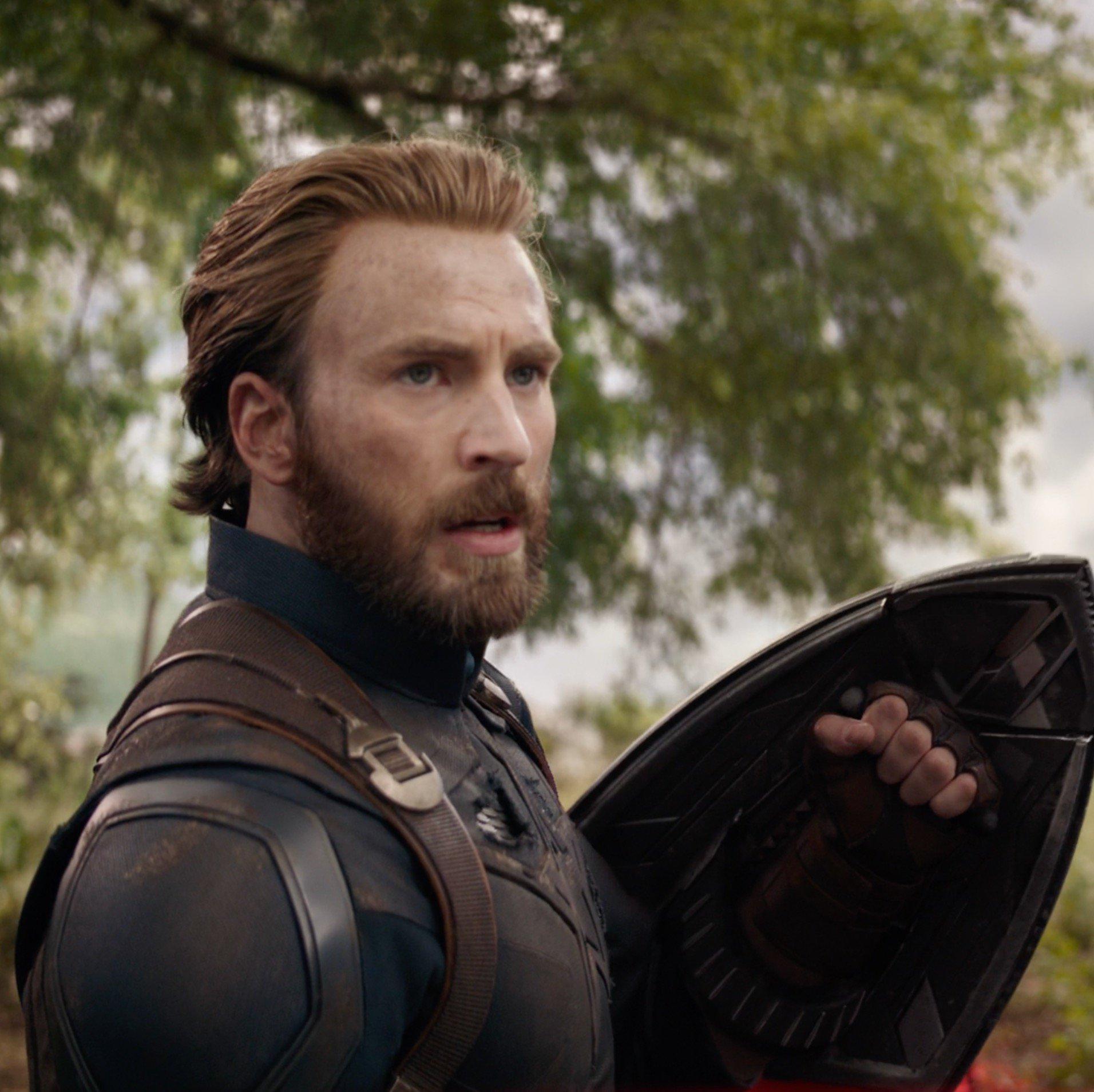 """The end is near."" One month until @Avengers: #InfinityWar. Get tickets now: https://t.co/xQsJem15EU https://t.co/vbX0JX5OwX"
