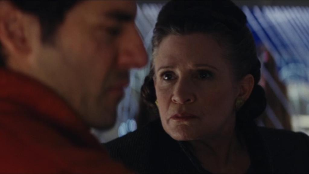 Watch as Carrie Fisher slaps Oscar Isaac over 40 times in #TheLastJedi gag reel! https://t.co/mm4Hh4lV5O https://t.co/LkGtlGye7t
