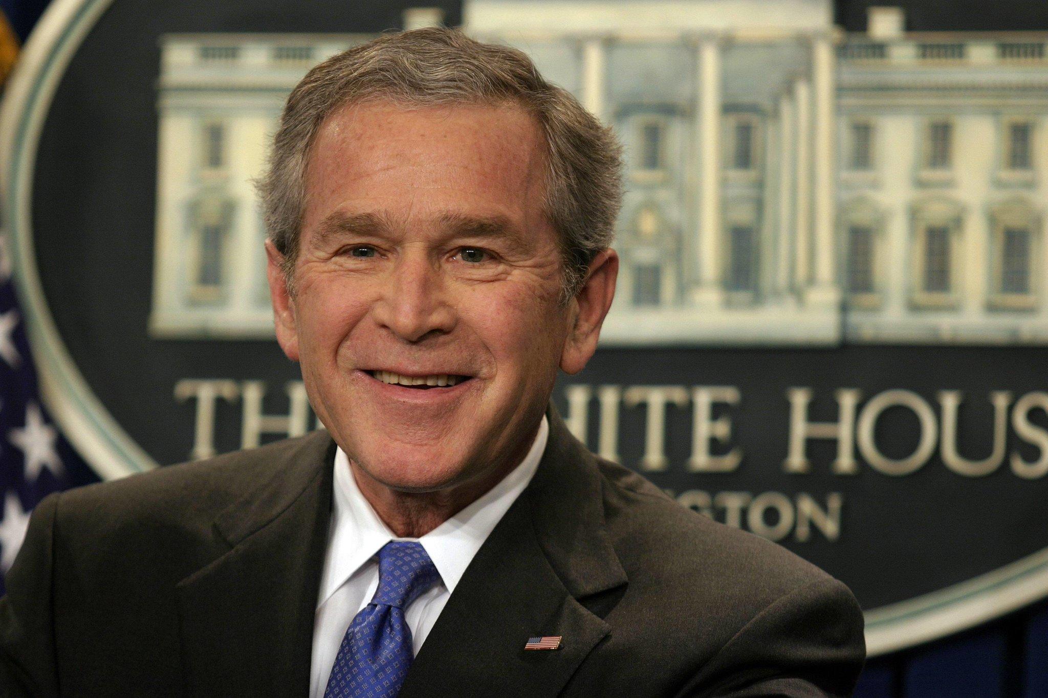 Дж.Буш - главный демократ нулевых