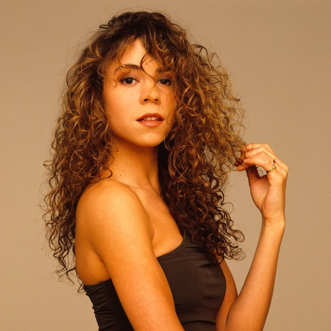 Dodadootdadododadooo Happy Birthday to our fav curly Diva Mariah Carey