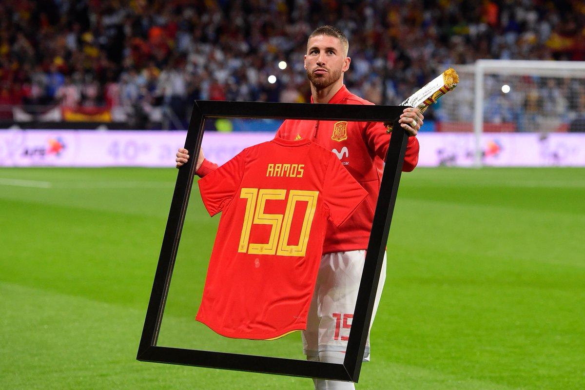 size 40 aa140 601e0 Sergio Ramos special shirt kick mark cap Spain Germany week ...