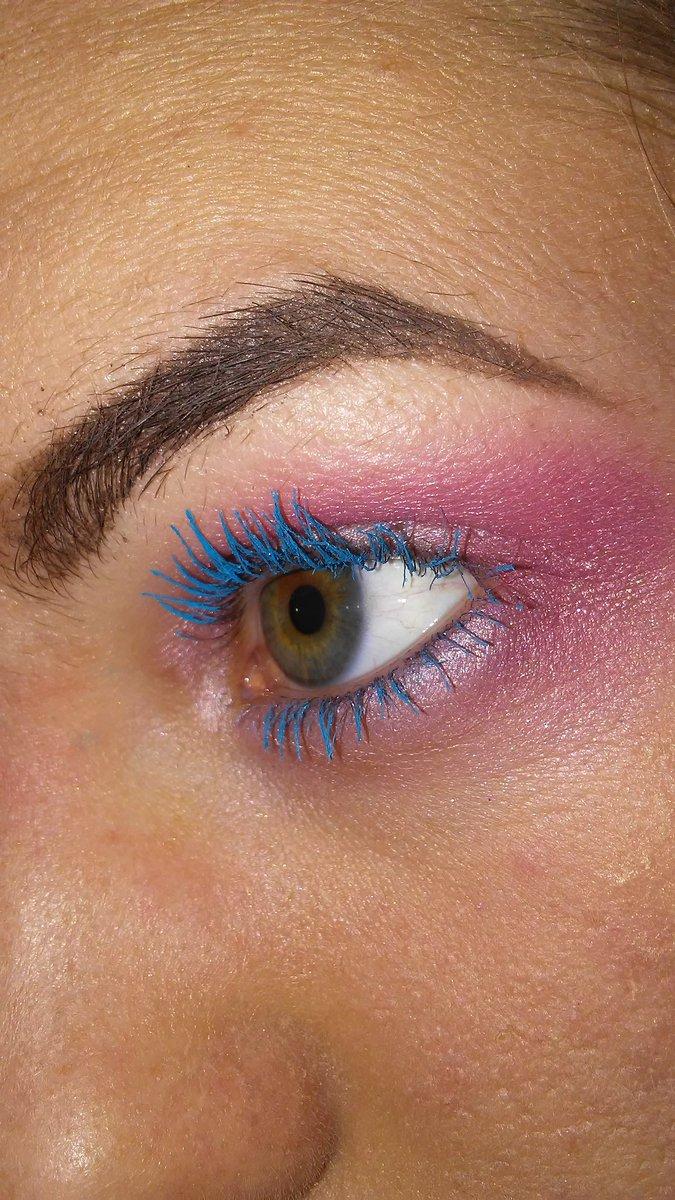 ... Baby outer corners @medusas_makeup Electric Blue Witch Lash mascara # makeup #aspiringmua #pinkmakeup #bluemakeup #shophoneyrose #medusasmakeup #winkylux ...