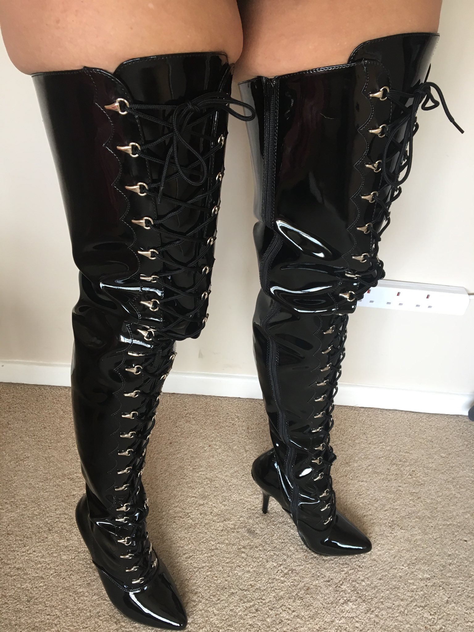 Curvy Claire on Twitter: Wearing these to GGs tonight