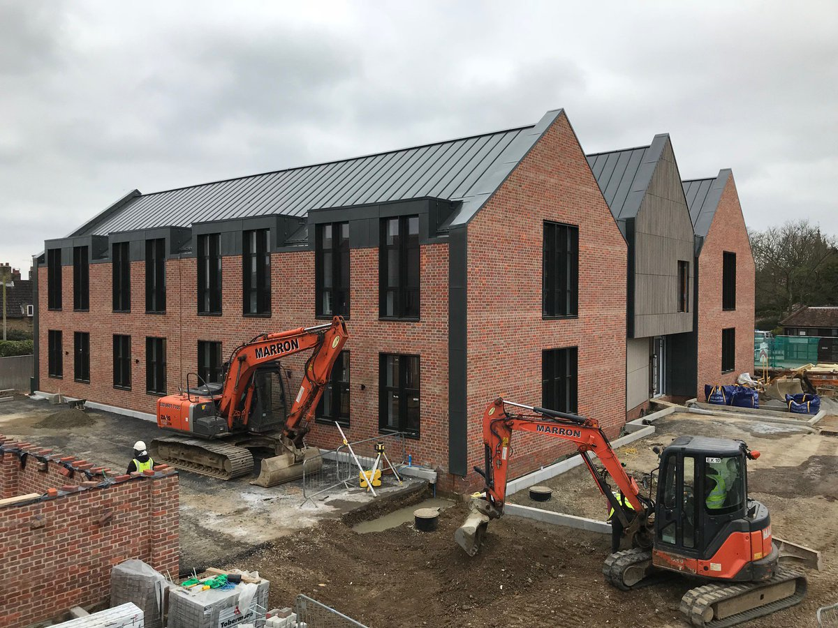 #WorkInProgress #LoLet Burnham Yard #Offices #Beaconsfield https://bit.ly/2E1hzrv  Call Nick Ball on 01494 680000 or e-mail nick@pmcd.co.uk for more details