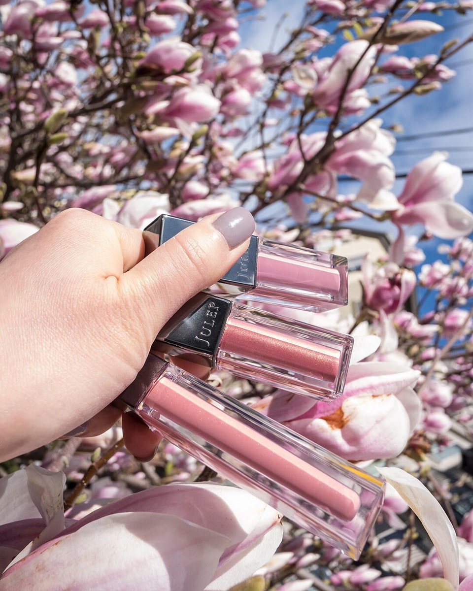 The spring blooms have us feeling inspired 🌸✨ So we decided to give you the chance to win a spring-essentials #JulepGiveaYay! Retweet this now through April 1 to enter! Must be following @JulepMaven to win. Giveaway open to U.S. and CA residents only. #BravePretty