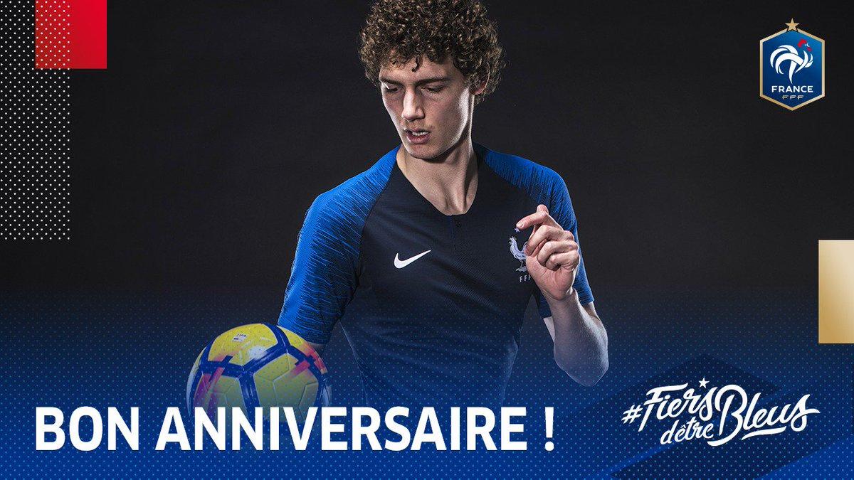 Equipe De France On Twitter Un Tres Joyeux Anniversaire A