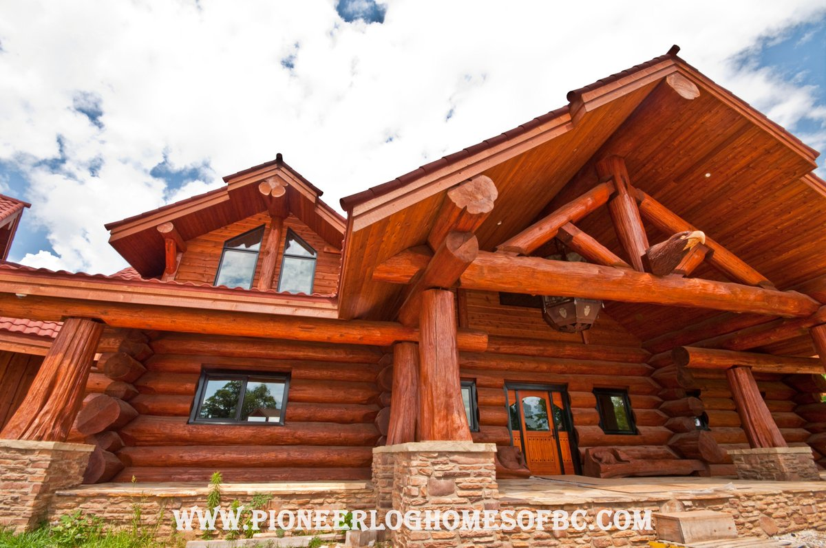Pioneerloghomesofbc On Twitter Log P B Ranch Home Totaling Over 5 600 Sq Ft This Was Built Using Our Bold 18 Western Red Cedar Logs