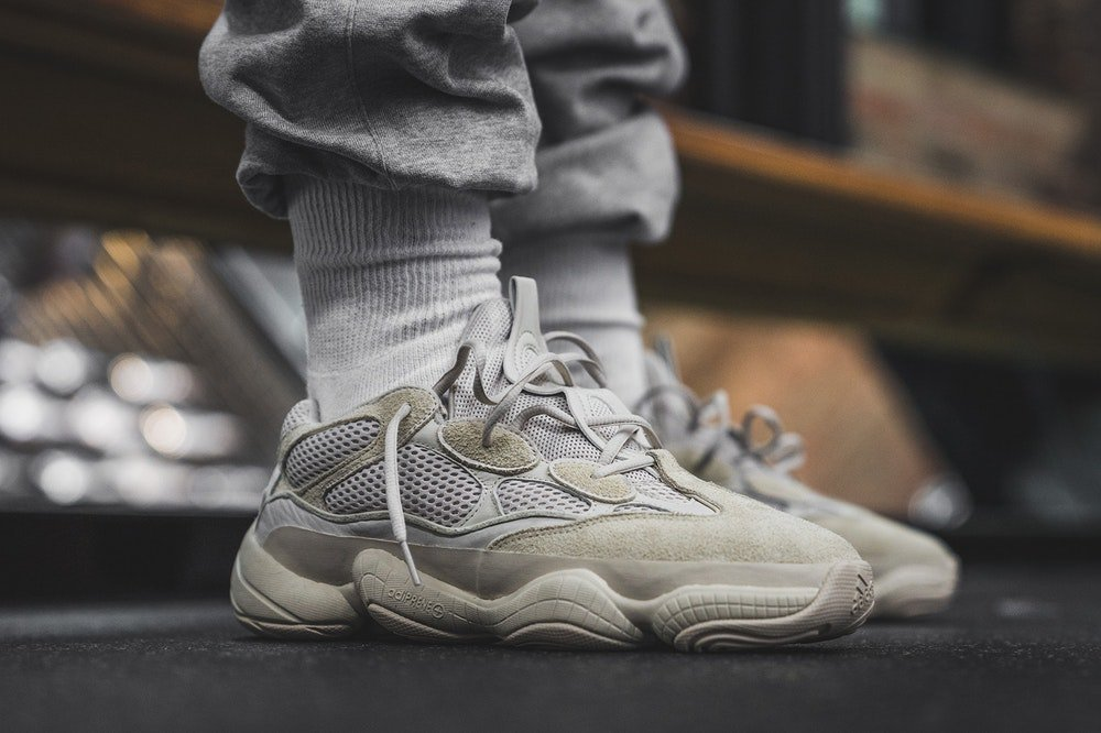 ... border on April 14 for a retail price of $280.  http://kicksdeals.ca/release-dates/2017/adidas-yeezy-desert-rat-500-preview/  …pic.twitter.com/AT79isJ1TG