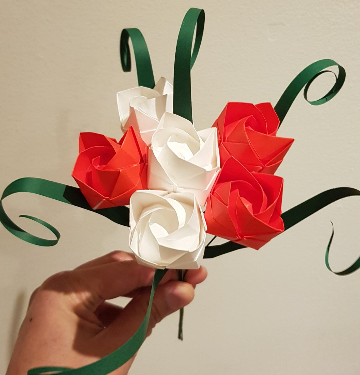 Origami By Sesames A Simple Origami Paper Rose Bouquet