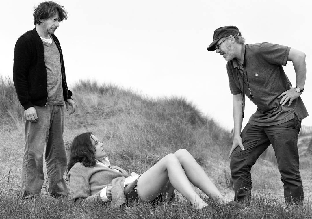 Mathieu Amalric, Marion Cotillard, and @arnaudesplechin on the set of ISMAEL&#39;S GHOSTS. Held over + playing daily at 1, 3:45, 6:30, and 9:45! : Jean-Claude Lother <br>http://pic.twitter.com/Wzs05RK8W3