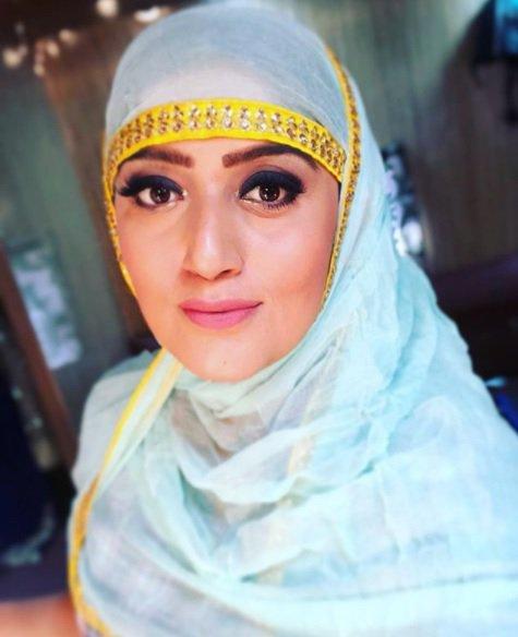 Индийской актрисе отказывают в доме из-за того, что она - Мусульманка