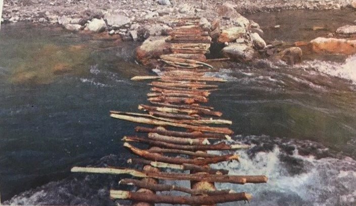 नेपालीले भत्काइदिए भारतले बनाएको पुल