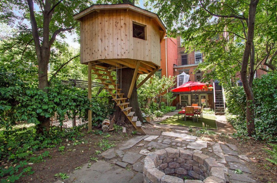 Lofty Treehouse Provides A Perfect Perch For This Brooklyn Townhouseu0027s  Backyard Oasis Https://
