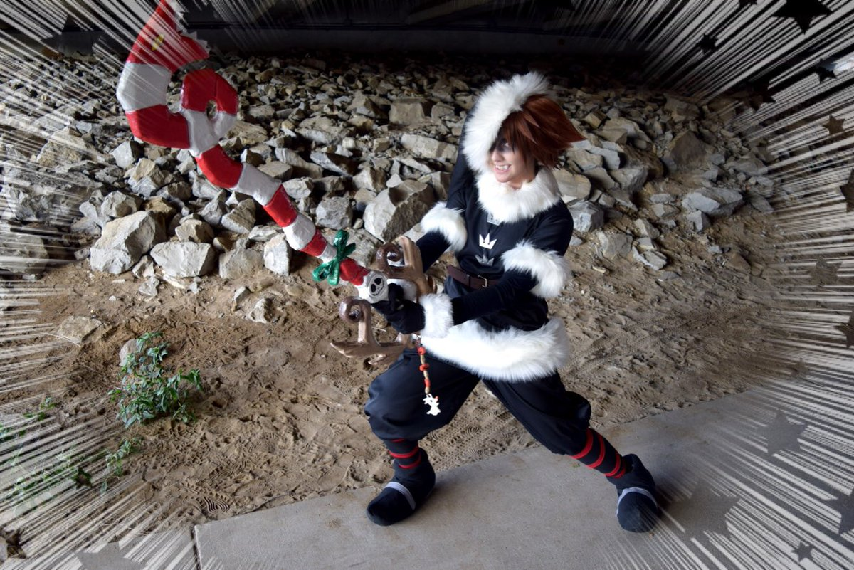 Sora Christmas Town Cosplay.Allyson On Twitter Here Is My Christmas Town Sora