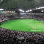 Image for the Tweet beginning: 普段バリバリ野球やってる札幌ドームがこんなふうにサッカーコートになるって凄いよねw