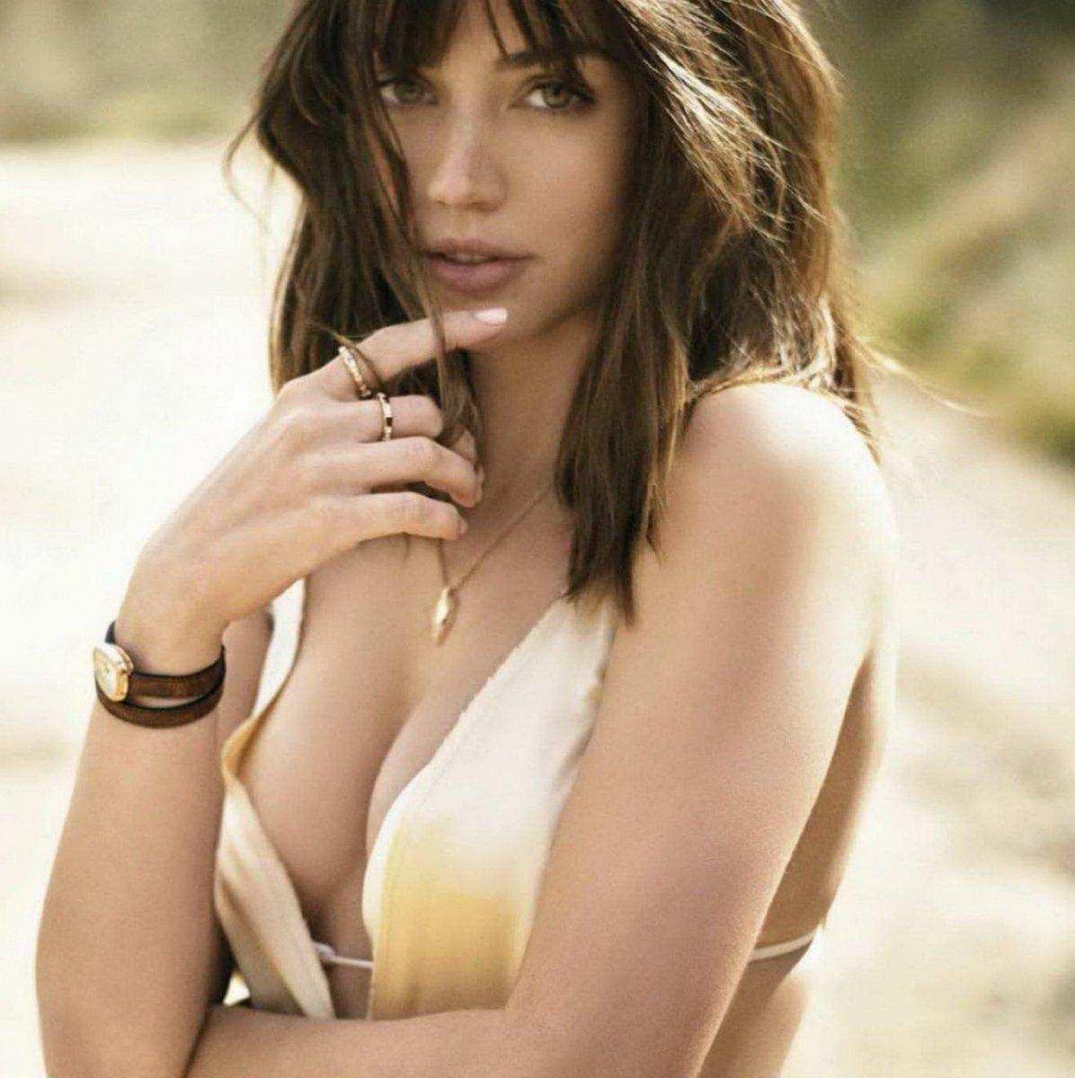 "Ana De Armas Hot Pics nice celeb and girls on twitter: ""ana de armas sexy cleavage"